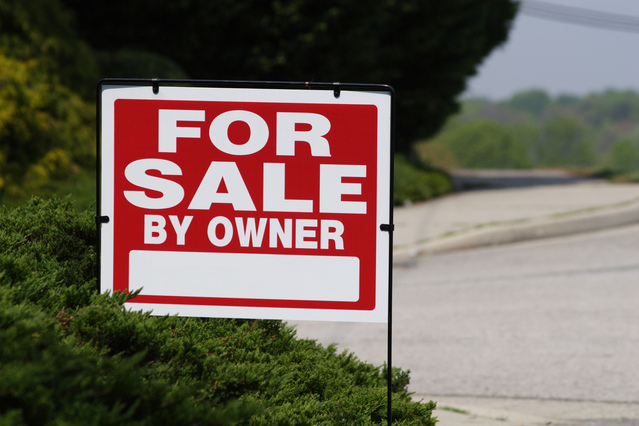 for-sale-sign-1445308-639x426