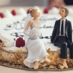 marriage - joint bank accounts question